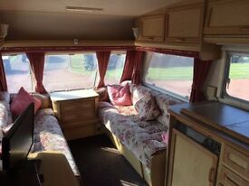 Excellent Condition, Abbey Vogue 215 including several appliances and accessories