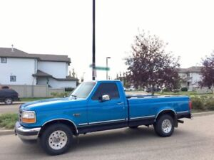 1994 Ford F-150 302 -Extremely clean!