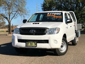 2010 Toyota Hilux KUN16R MY10 SR 4x2 White 5 Speed Manual Utility Hillvue Tamworth City Preview