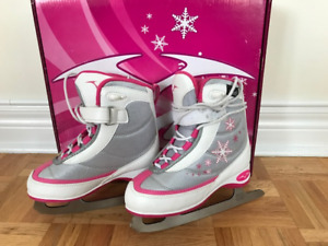 Vic Girls Ice Skates (Y12 and J2)