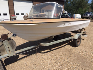 16 ft Boat 35 HP