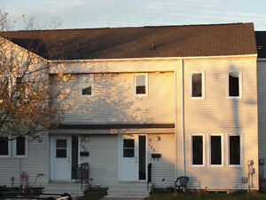 2 or 3 Bedroom Townhouse