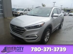 2017 Hyundai Tucson AWD SE Heated Seats,  Panoramic Roof,  Back-