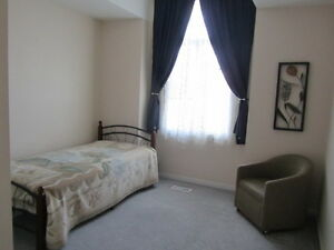 A furnished bedroom-for female students or professionals