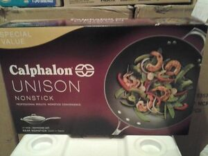 Calphalon Unison Nonstick 13-in. Wok with Cover - BRAND NEW London Ontario image 1