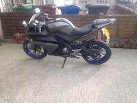 Yamaha Yzf r 125 full MOT