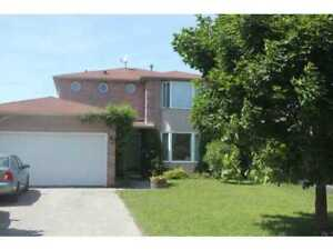 FOR RENT: DETACHED 3+2, 2 car garage in NORTH BARRIE