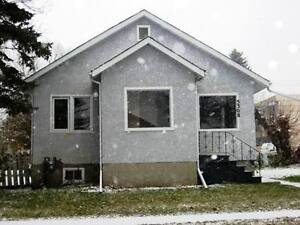 Cozy Home in Camrose