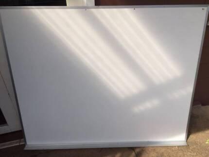 White Board 1500 X 1200