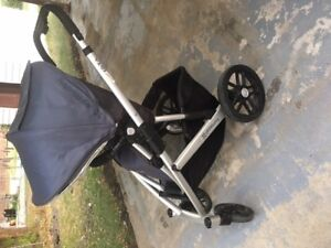 Uppababy Vista with Mesa Infant Seat