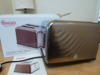 """SWAN """" BRONZE """" PATTERNED 2 SLICE TOASTER--BOXED"""
