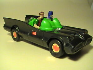 1975 Batmobile With Launcher (VIEW OTHER ADS) 1:43 Scale