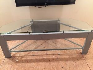 TV STAND UP TP 60""