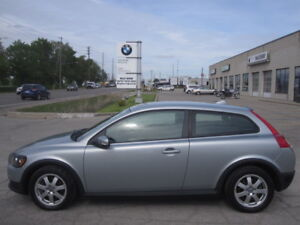 ONE OWNER ! IMMACULATE !! 2009 VOLVO C30 2.4i