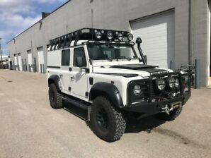 1999 Land Rover Defender SUV, Crossover
