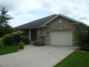 2 Bedroom Executive Bungalow for Rent in St. Marys
