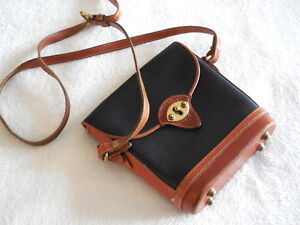 AUTHENTIC PRE OWNED DOONEY & BOURKE VINTAGE CROSS BODY BAG /USA North Shore Greater Vancouver Area image 6