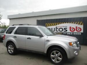 2011 Ford Escape LIMITED ( CUIR MAGS TOIT - 143 000 KM )