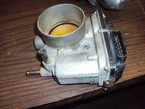 JDM 2010-2012 NISSAN SENTRA 2.0L THROTTLE BODY USED