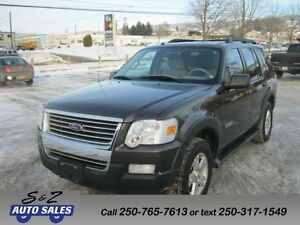 2007 Ford Explorer XLT 4x4  NO ACCIDENT! EXTRA CLEAN!