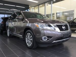 2015 Nissan Pathfinder SL, One Owner, Accident Free