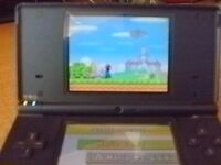 NINTENDO DS - BLUE WITH 12 GAMES + AND A DS IN RED FOR SPARE PARTS.