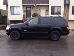 *2006 ALL BLACK Ford Explorer Eddie Bauer 4WD*LOW MILEAGE*