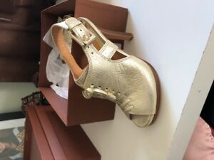 BRAND NEW COACH SANDALS SHOES