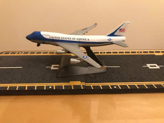 Air Force One - Small Metal 747 Aircraft with Stand