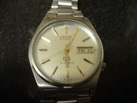 VINTAGE MENS SEIKO AUTOMATIC 21J WATCH (silver face)
