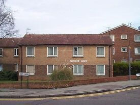 irst floor 1 bedroom flat. Located in quiet residential area. CLOSE TO KINGSBURY