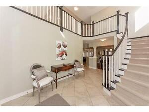 Newer executive house with 2,982 sqft for rent on South End