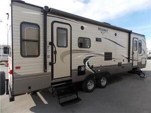 2017 KEYSTONE HIDEOUT 26RLS TRAVEL TRAILER