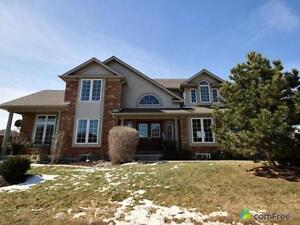 Open house - beautiful house in Collingwood with pool
