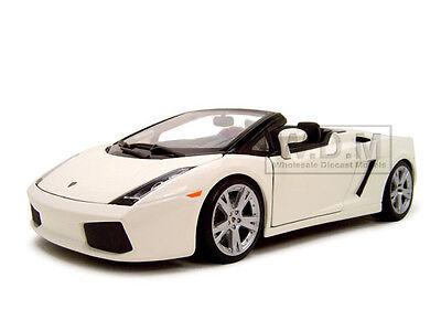 LAMBORGHINI GALLARDO SPYDER WHITE 1/18 DIECAST MODEL CAR BY MAISTO 31136