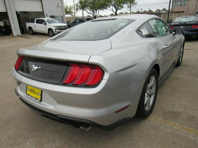 Image 4 Voiture American used Ford Mustang 2019