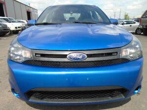 2010 Ford Focus SES LUXURY SPORT PKG-LEATHER-SUNROOF-20,000KM