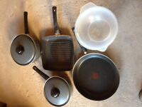 3 Non stick saucepans, griddle pan and a large plastic mixing bowl