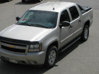 2007 Chevrolet Avalanche LS SUV, Crossover