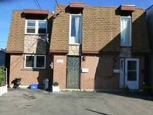 SUDBURY'S WEST END TRIPLEX! OWNER OCCUPY OR INVESTMENT!