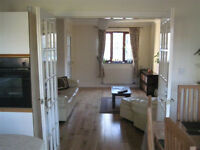 2 beds semi-furnished house to rent in the South of Lancaster, 5 min driving to Universities £650pcm