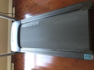 Barely used Treadmill!! Comox / Courtenay / Cumberland Comox Valley Area image 3