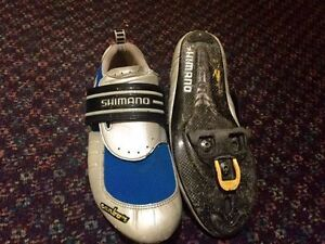 CYCLING SHOES WITH CLEATS size 10