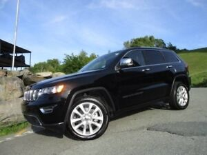 2017 JEEP GRAND CHEROKEE Limited HEMI 5.7L V8 (ORIGINAL MSRP $59