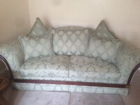3 and 2 seater Chesterfield style Suite
