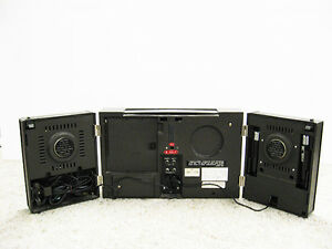 Portable Realistic 1970 Twin Speaker Stereo Regina Regina Area image 2