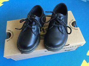 Toddler Size 7 (US) - Dr. Martens Dress Shoes - Pristine