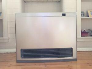 Rinnai Avenger 25 Portable Gas Heater Mosman Mosman Area Preview