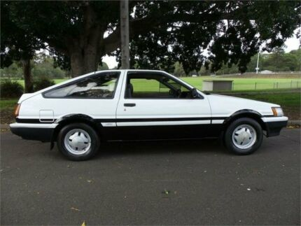 1995 toyota sprinter (manual transmission) for sale in mandeville.