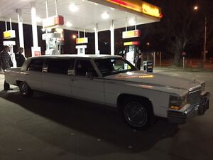 1986 Cadillac limo fleetwood (mint) Strathcona County Edmonton Area image 5